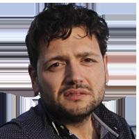 """<p><strong>Miquel Bonet Pinyol </strong>(Reus, 1977) és un dels millors escriptors perifèrics de la cosa catalana, en gran part per incompareixença de rivals. Coordina la secció d'opinió de <strong><em>delCamp.cat</em></strong> i a <a href=""""http://www.twitter.com/@MiquelBonet_"""">Twitter</a> parla d'ell mateix.</p>"""