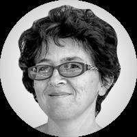 <p>És editora, escriptora i activista, actualment dedicada a la difusió internacional de la política del nostre país. Viu entre Barcelona i Massachusetts des del 1987. És autora de llibres supervendes d'informàtica així com sobre Catalunya i la seva independència.</p>