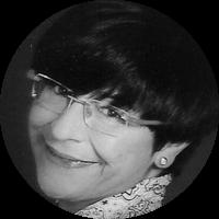 <p>Periodista. Directora i Directora Editorial de Diari de Terrassa des de gener de 1988 a&nbsp;juny de 2016. Enamorada de la seva ciutat.</p>