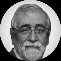 <p>Llicenciat en Ciències de la Informació, escriptor i periodista, actualment és el director general del CCCB.Com a escriptor ha publicat especialment llibres de narrativa, que han obtingut alguns dels premis més importants de la literatura catalana.Com a periodista ha treballat a les redaccions de<em>Diario de Terrassa</em>,<em>El Correo Catalán</em>i TV3, especialment a les àrees de cultura. Ha dirigit el diari<em>Avui</em>, la Corporació Catalana de Ràdio i Televisió i diversos programes culturals.En l'àmbit públic, ha estat director general de Promoció Cultural de la Generalitat, director de l'Institut Ramon Llull i de la Fundació Ramon Llull, membre del consell d'administració de BTV i diputat al Parlament de Catalunya per CiU.</p>