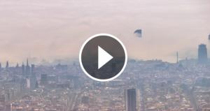 La boira a la façana marítima de Barcelona