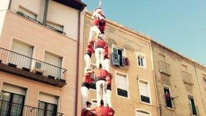 3 de 8 de la Colla Joves Xiquets de Valls, fa un any, al I Memorial Ramon Barrufet.