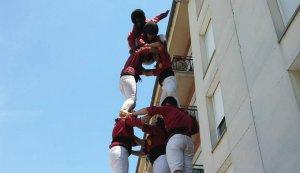 3d6 amb el pilar dels Torraires de Montblanc a Manlleu.