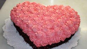 Pastís cor rosa de nata