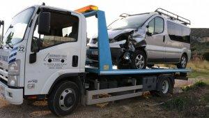 L'home conduïa aquesta furgoneta, amb la qual va topar amb la motocicleta on viatjaven les dues víctimes mortals.