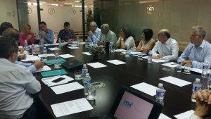 Alguns dels membres de l'ATM reunits per pactar l'acord amb l'ITH.