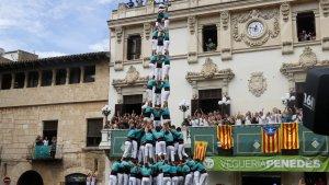 El 3 de 10 amb folre i manilles descarregat pels Castellers de Vilafranca a la primera ronda.