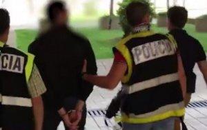 La Policía Nacional detiene en Valladolid a un profesor por almacenar y distribuir pornografía infantil