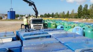 La regidoria de Medi Ambient ha reciclat els contenidors que ja no poden oferir un servei