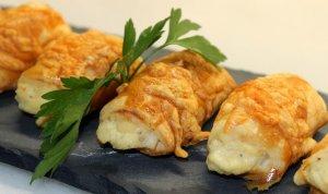 Pastes de full amb crema de roquefort