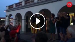 Carles Escolà estripa la carta de la delegació del govern espanyol