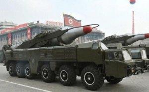 Corea.- Corea del Nord llança un míssil balístic que sobrevola el Japó i impacta a l'est de Hokkaido