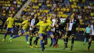 El Nàstic perd 2-0 davant el Cádiz i segueix sense aconseguir la victòria aquesta temporada