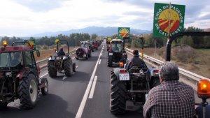 Imatge d'arxiu d'una tractorada convocada per la Unió de Pagesos.