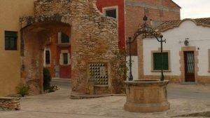 Imatge de la plaça del Pou d'Altafulla