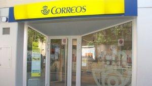 Un funcionari de Correus de l'oficina de Segur de Calafell va robar més 11.000 euros de fons públics.