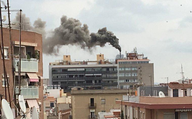 Atención!! Incendio en el hotel de Reus donde se alojan los policías nacionales