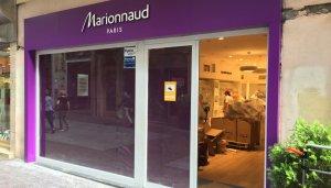 Aquesta és la façana de la nova botiga situada al carrer de Monterols