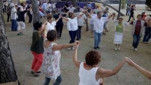 Ballada de sardanes organitzada per la Colla Sardanista Rosa de Reus el 2015