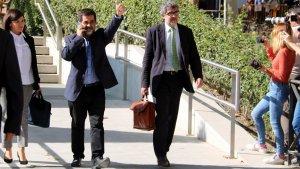 El president de l'ANC, Jordi Sànchez, sortint de l'Audiència Nacional aquest dilluns, 16 d'octubre.