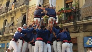 Els de Cugat Comas arribaran a la diada gran de Mataró amb els dos castells bàsics de nou assolits i pensant en reptes superiors.