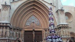 La catedral tarragonina ha estat testimoni dels castells de 9 de la Jove i els Gausacs.