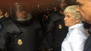 La policia ha entrat a la conselleria d'Ensenyament