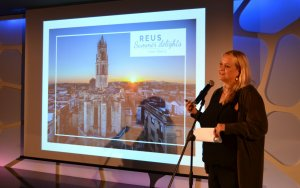 La regidora Montserrat Caelles durant l'acte de presentació de la campanya