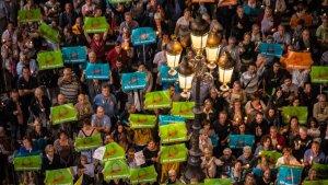 Manifestació de protesta a Reus per l'empresonament de Sànchez i Cuixart