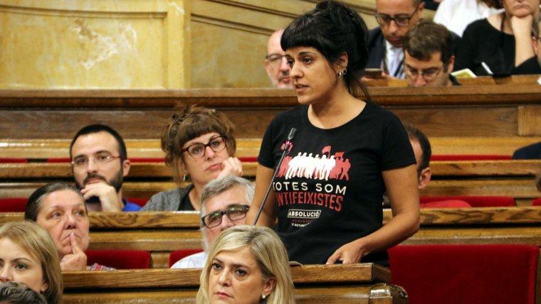 Anna Gabriel, de la CUP, durant una seva intervenció al ple del Parlament.