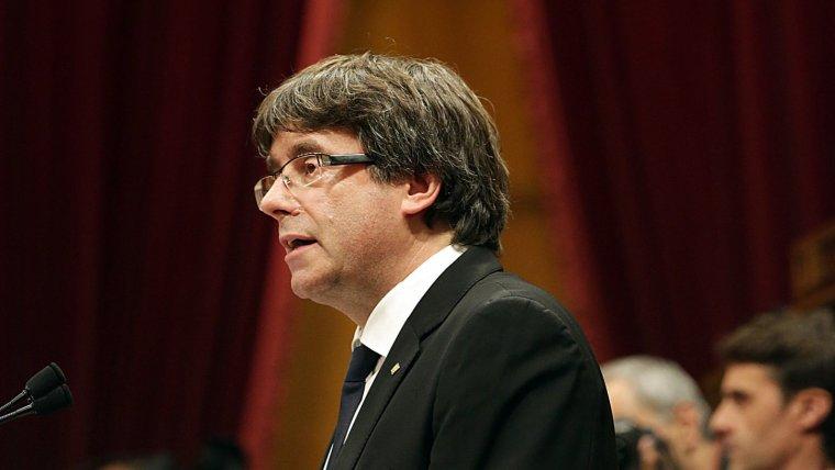 Carles Puigdemont, president de la Generalitat, en el seu discurs al Parlament el 10 d'octubre.