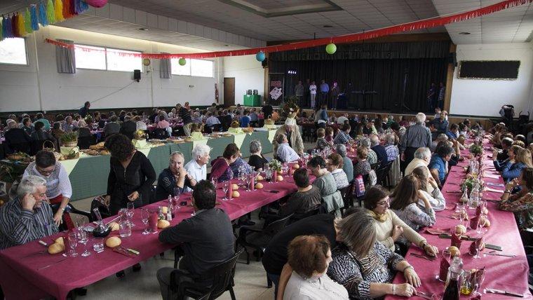 Un dels actes previstos és un dinar popular.