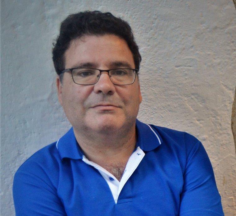 Héctor Daniel Olivera, guanyador del premi