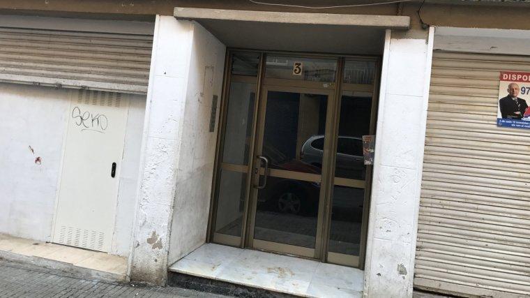 Imatge del portal del pis on s'han produït els fets.