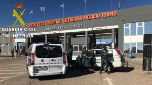 Control de la Guàrdia Civil al Circuit Ricardo Tormo