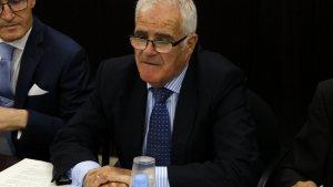 El fiscal superior de Catalunya, José Maria Romero de Tejada, durant una reunió amb la resta de fiscals superiors