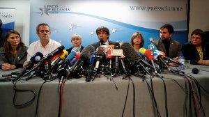 El president Puigdemont i diversos consellers compareixen des de Brussel·les.