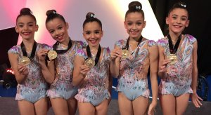 Imatge de les guanyadores de l'or