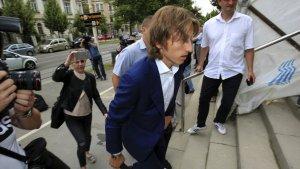 Luka Modric, a l'entrada dels jutjats.