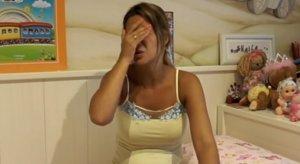 Tamara Gorro preocupada en su último vídeo en youtube