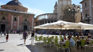 Terrassa a la Plaça de la Verge de València