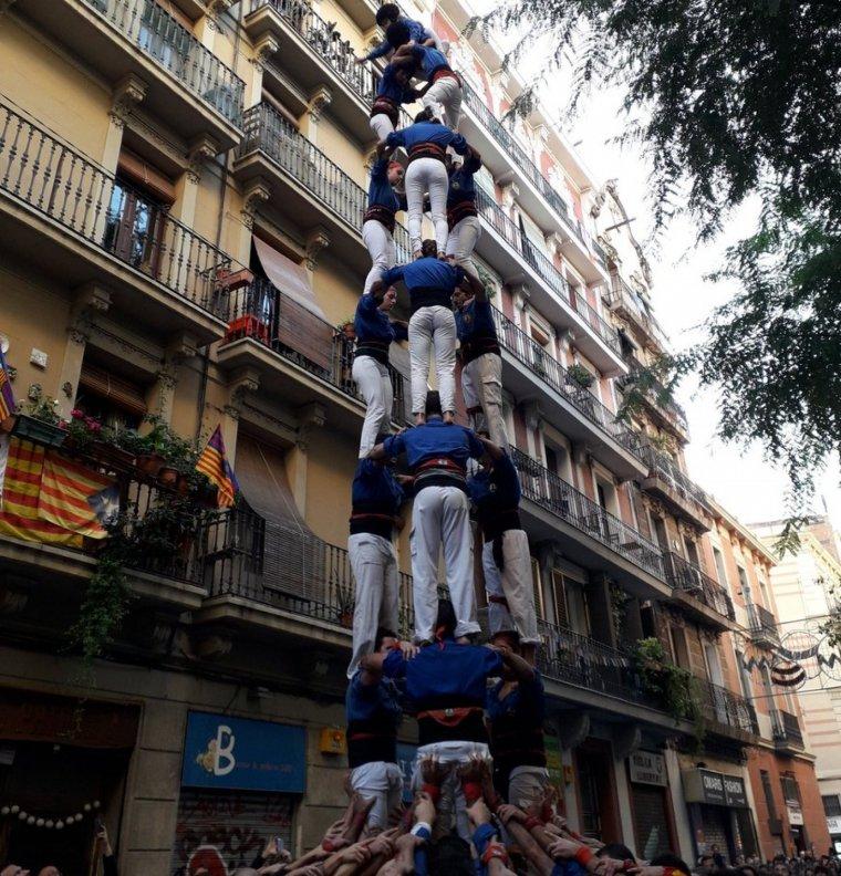 El segon 3 de 8 dels Castellers d'Esplugues, amb el qual han completat la clàssica de 8.