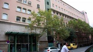 Façana de l'Hospital Clínic de Barcelona