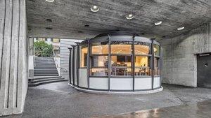 Kiosko disenyat per Santiago Calatrava