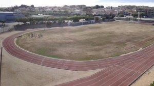 La pista d'atletisme i el camp de futbol obriran les portes aquest dijous
