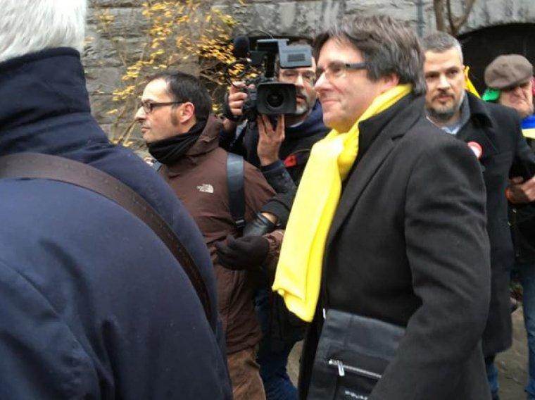 Carles Puigdemont arribant a la manifestació