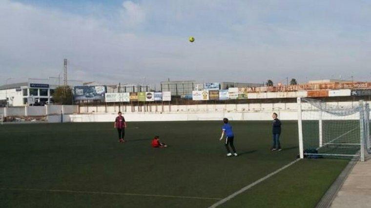 El camp de futbol s'ha obert als més petits durant la jornada