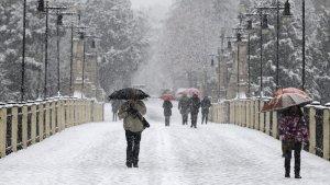 Imagen de una fuerte nevada en Teruel.