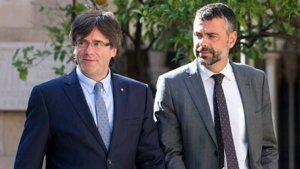 Carles Puigdemont i el conseller Santi Vila