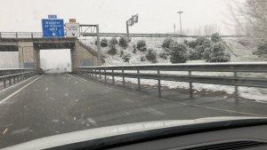 Imatge de a nevada a l'AP-7